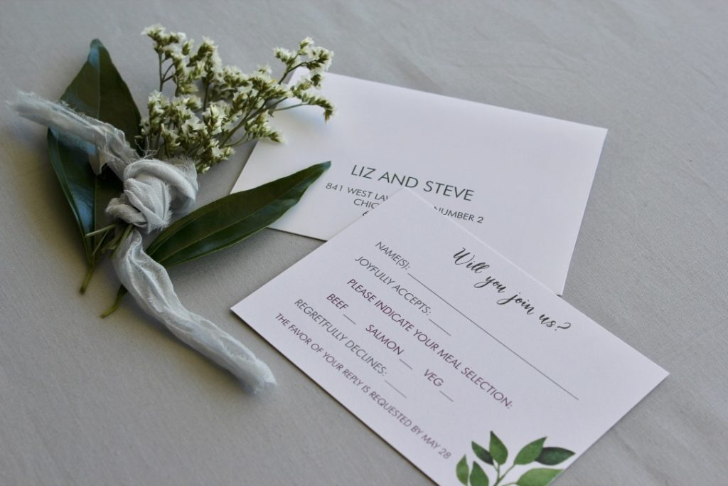 wedding rsvp card with flower bundle